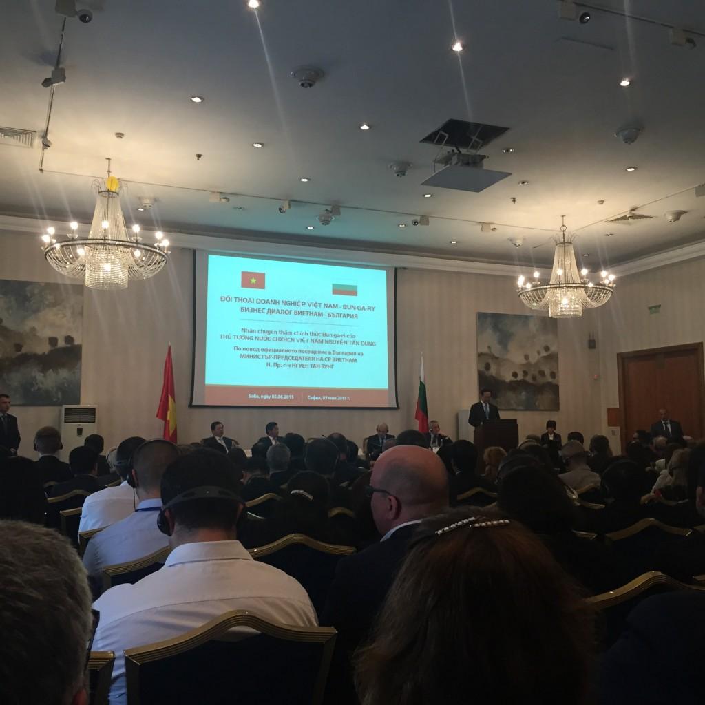 Bulgaria Vietnam Forum and Rose Drops of Euro Unico