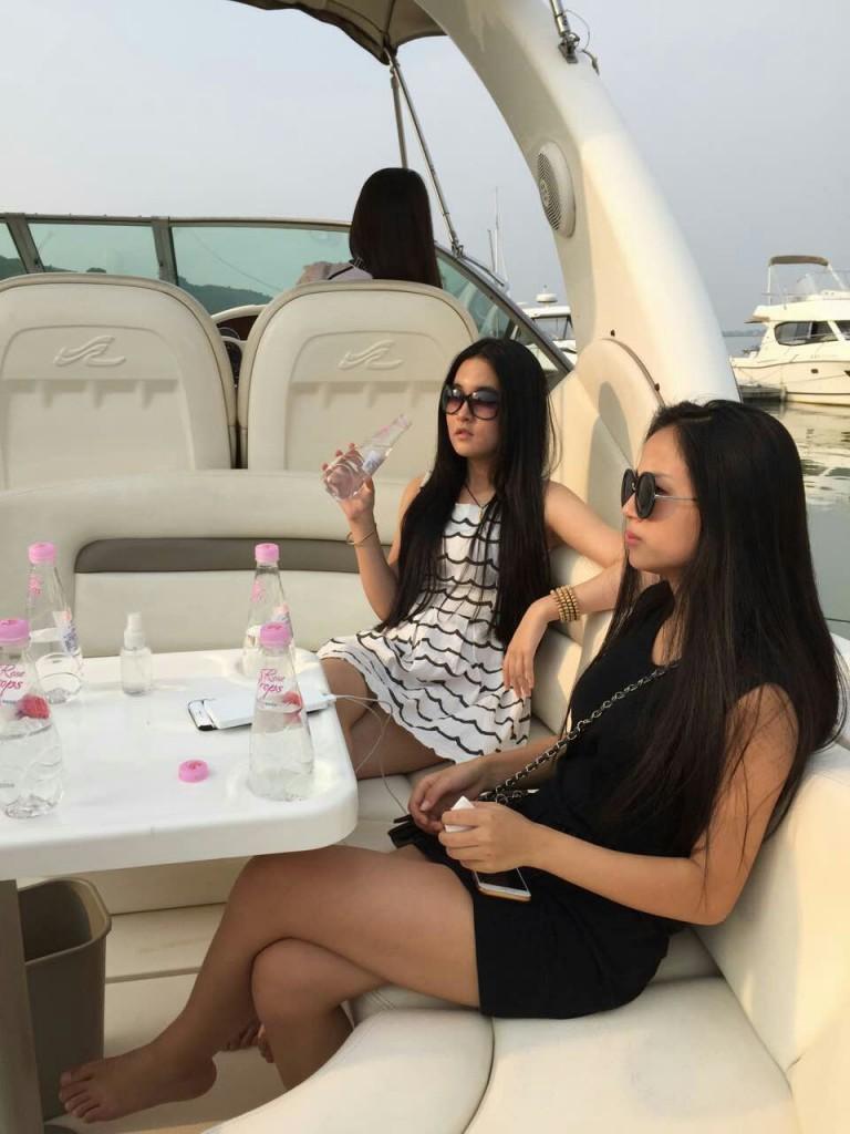 Rose Drops Yacht club Presentation